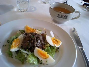 レンズ豆とゆで卵のサラダ