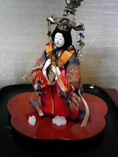 美術館の人形