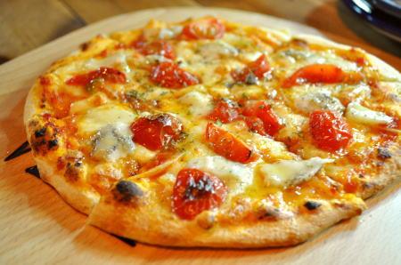 gorgonpizza1.jpg