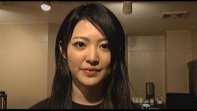 松井友里絵誕生。