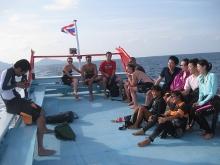 タオ島 ダイビング ボート 写真