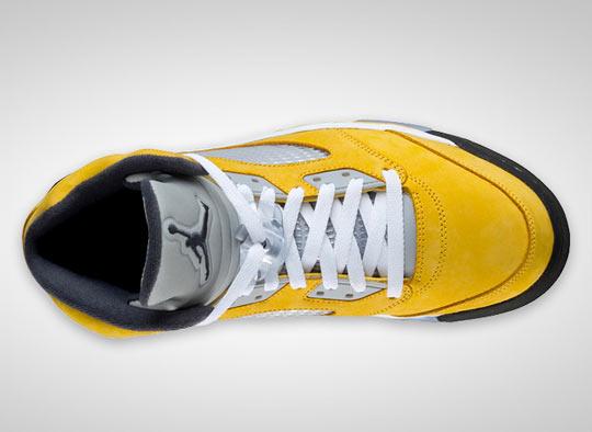 air-jordan-5-retro-tokyo-23-sneakers-01.jpg