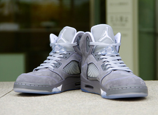 nike-air-jordan-5-retro-wolf-grey-0.jpg