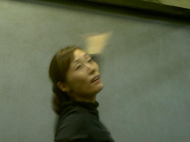 中島さん飛ぶ