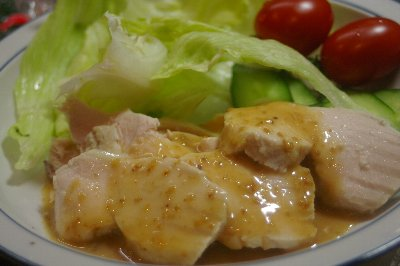 鶏胸肉のボイルごまソース