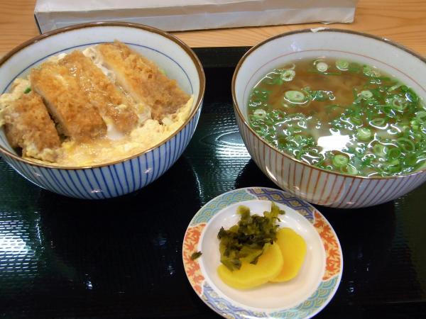 kawabata_udon_2009_0605-2_600.jpg