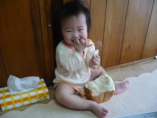 食パン(食べ)マン