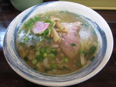麺家 静【参八】 ~清湯スープの「中華しお」~-3