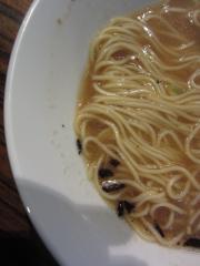 麺や 而今【弐壱】 ~にぼ而郎「攻撃の黒」~-5