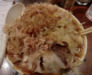 「二郎ラーメン」大阪「笑福」西本町店4