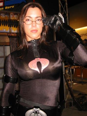 女性版スーパーヒーローのコスプレ