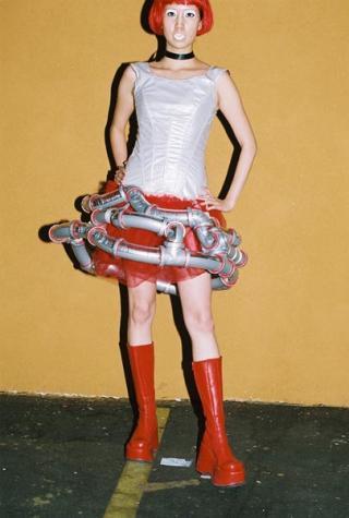 サイコな発想で作られたドレス「Psycho Girlfriend」