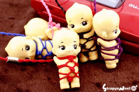 ボンデージキューピー人形ストラップ