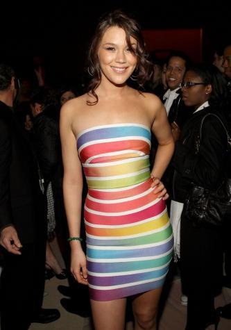Sexyでとってもカラフルなドレスの写真