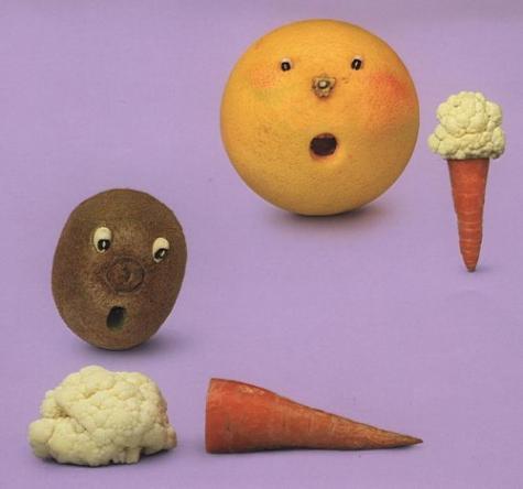 野菜やフルーツで作られたアートな動物