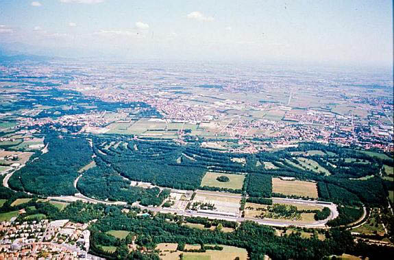 Monza_aerial_photo.jpg