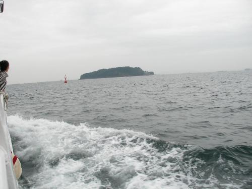 猿島に向けて出航