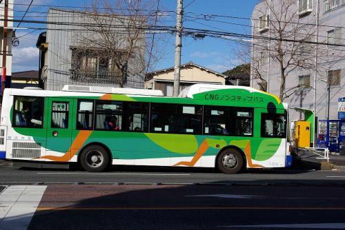 横浜市営バス バッタ