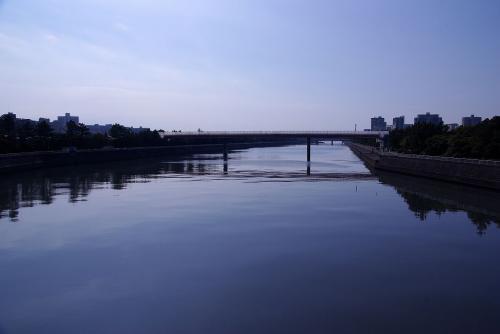 幕張の海は橋越えればすぐそこ