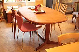 2011523-チーク材ダイニングテーブル