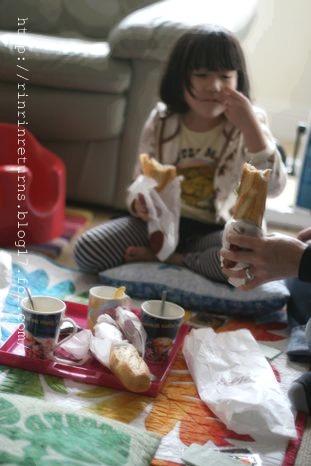 そして、おうちでピクニック…涙