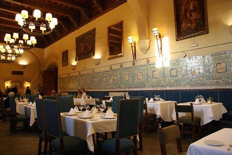 パラドールのレストラン(プラセンシア)