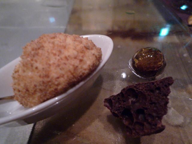 ニューヨークチーズケーキ、ココアのカプセル、エアチョコ