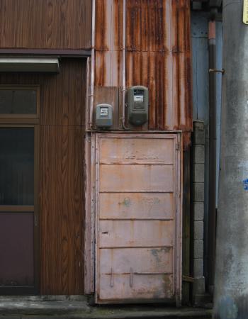 西区のドア1