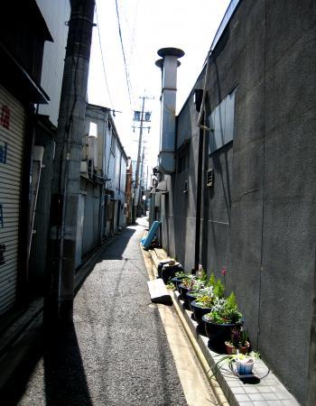 円頓寺商店街の中の路地