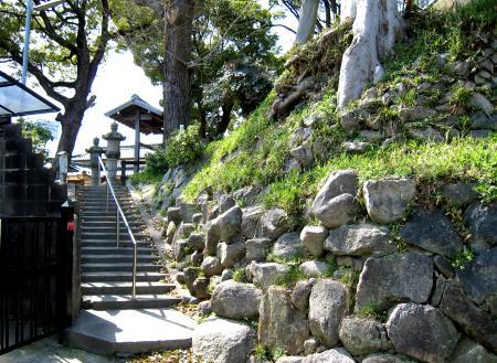 北区の北西の神社の階段