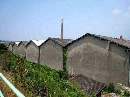 典型的な工場屋根