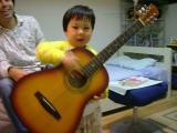 本物のギターはこれだよね(汗