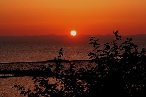 佐渡に沈む太陽