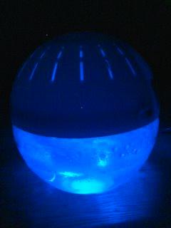 空気清浄器ブルー