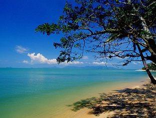 メナムビーチ