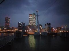 サンポートの夜