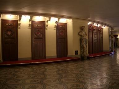 個室への入り口