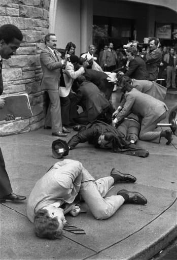 1982年 『レーガン大統領暗殺未遂事件』 (USA)