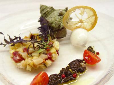 サザエと筍のタルタル 木の芽と肝のソース