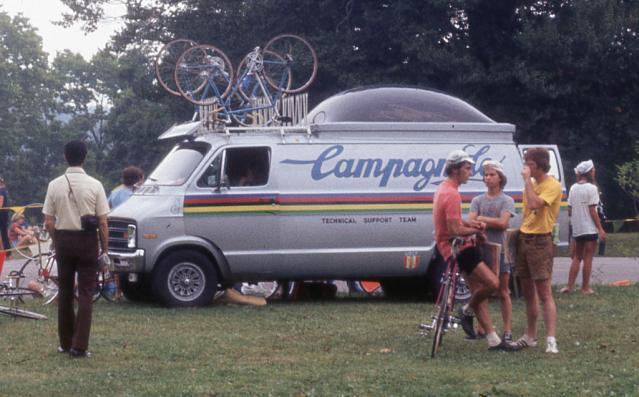 Campagnolo Support Van