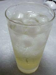 レモン酒ペリエ2