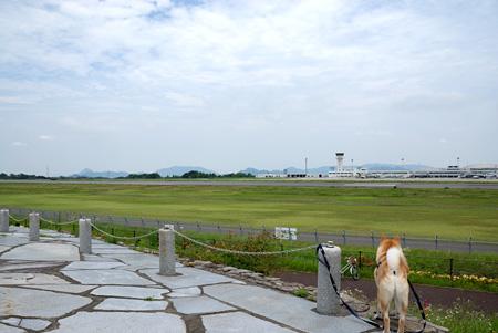 高松空港にやってきました