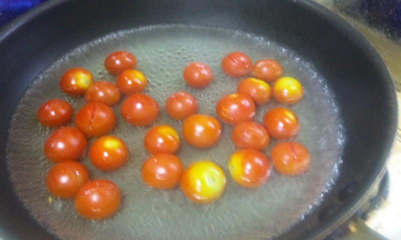 ミニトマトお湯に