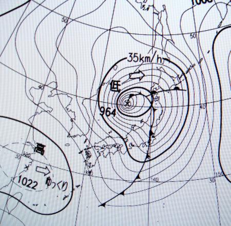 2012年4月3日21時の地上天気図