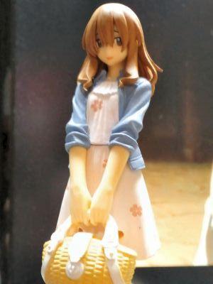 2011年12月25日:波戸君立ち姿フィギュア~2_400