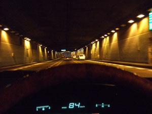 東京港トンネル