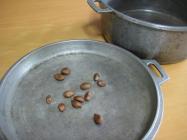 枇杷種を炒ろう