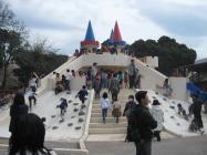 お城の滑り台