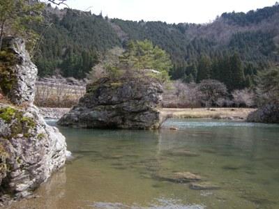 2-1弁天岩