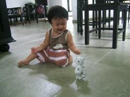 9-7-1美咲と犬のおもちゃ2